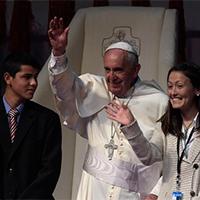 El Papa responde a los jóvenes ¿La iglesia todavía tiene su lugar?