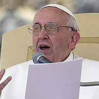 Pope Francis Calls for Protection of Civilians as