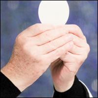 ¿Cuánto dura la presencia de Cristo en la Eucaristía?
