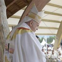 """Papa: """"Transformar el rencor en oportunidad de comunión"""""""