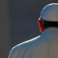 El Papa: En la oración debemos pedir por los más vulnerables